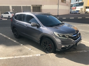 Used 2016 Honda CR-V LX 2.4L in Dubai, UAE
