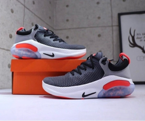 Used 🌶🌶Nike Joy ride grey 44 (40-45) in Dubai, UAE