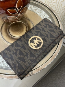 Used Michael Kors Preloved Wallet in Dubai, UAE