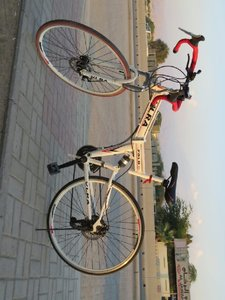 Used Vlra foldable hybrid cycle in Dubai, UAE