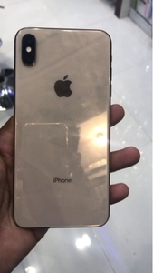 Used Xs max -64 in Dubai, UAE