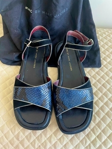 Used Marc jacob sandal like new in Dubai, UAE