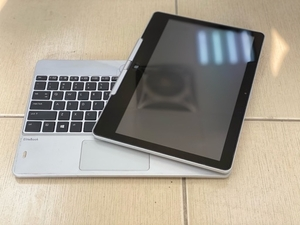 Used Hp Touch screen laptop in Dubai, UAE