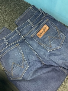 Used Wrangler jeans size 30 in Dubai, UAE