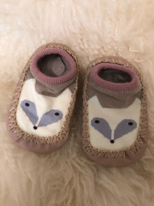 Used Baby shoes size 20 / 12 cm in Dubai, UAE