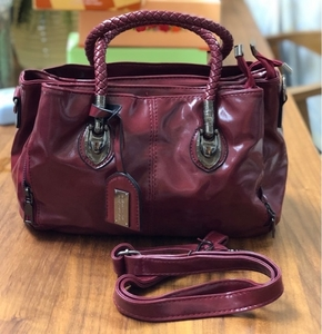 Used VINTAGE TYPE HANDBAG/ CROSSBODY BAG in Dubai, UAE