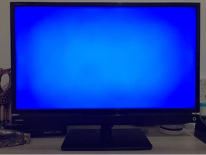 Used Toshiba 32inch TV in Dubai, UAE