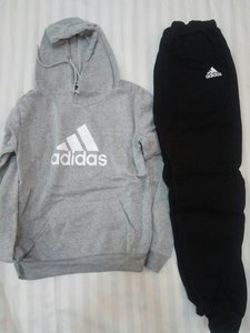 Used Adidas Sports Hoddie for M or F in Dubai, UAE