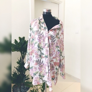 Used H&M Oversized Floral Button Down Shirt in Dubai, UAE
