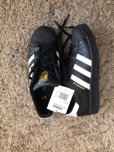 Used Original Adidas superstar size eu40 in Dubai, UAE