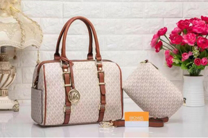 Used MK bags on sale.. special offer in Dubai, UAE