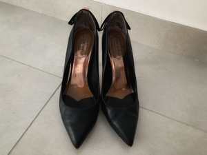 Used Leather shoes TED BAKER 39 size in Dubai, UAE