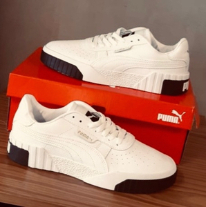 Used Puma leather type 42 , sizes (40-43) in Dubai, UAE