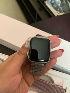 Used Apple Watch series 5 in Dubai, UAE