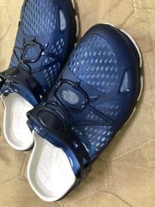 Used crocs size 40 brand new in Dubai, UAE
