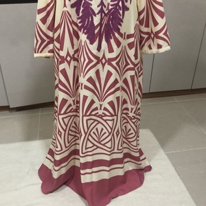 Used Pink cotton  jalabeya never used  in Dubai, UAE