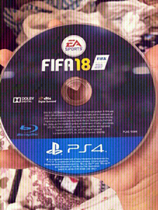 Used FIFA18 sports PS4 official license CD🏀 in Dubai, UAE