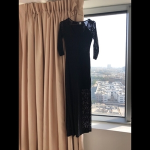 Used H&M black midi dress in Dubai, UAE