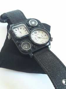 Used QUARTZ MULTI TIME watch⌚ FOR men's in Dubai, UAE
