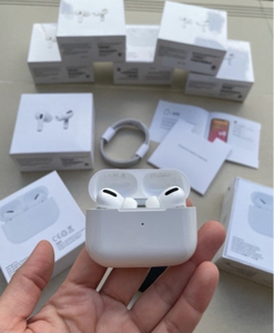 Used Apple Airpods Pro by TS  in Dubai, UAE