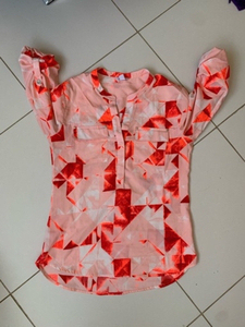 Used Calvin Klein shirt xs size in Dubai, UAE