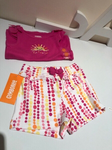 Used Baby girl set 2 pcs size 6-12 month in Dubai, UAE