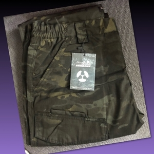 Used CAMOUFLAGE WATERPROOF OUTDOOR PANTS/ XL in Dubai, UAE