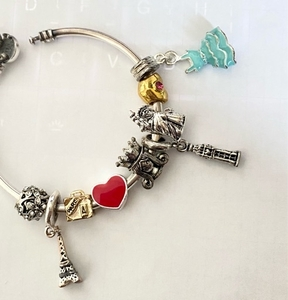 Used Charms fit pandora bracelets in Dubai, UAE