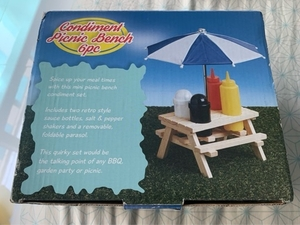 Used Condiment umbrella set in Dubai, UAE