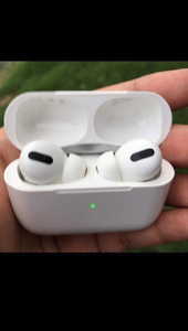 Used APPLE AIRPODS PRO DEAL NO WHERE LIKE THI in Dubai, UAE