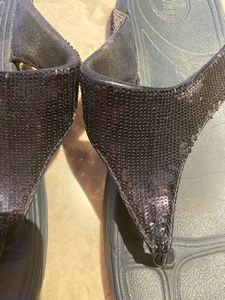 Used Fit flops with blue sequins. Size 39 in Dubai, UAE