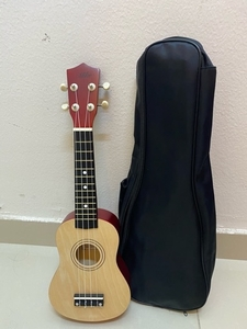 Used Ukulele soprano  in Dubai, UAE
