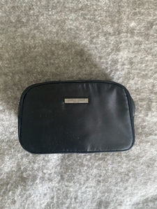 Used ‼️Emporio Armani cosmetic bag‼️Give away in Dubai, UAE