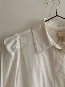 Used H&M White Blouse with Puff Sleeves - 38 in Dubai, UAE