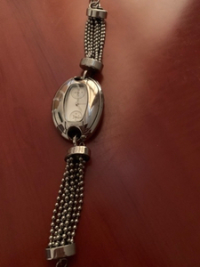 Used mango watch and guess necklace original  in Dubai, UAE