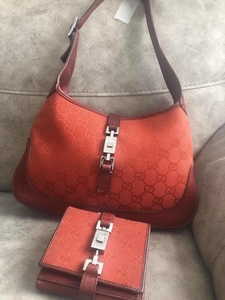 Used Gucci set in Dubai, UAE