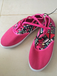 Used new pink women's shoes, 40 in Dubai, UAE