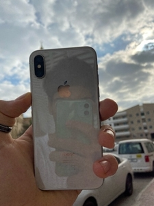 Used I phone x battery health 84% in Dubai, UAE