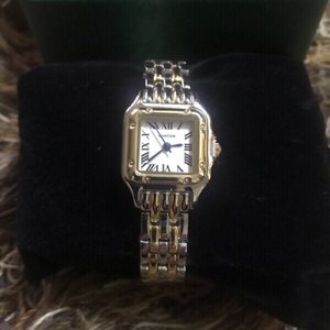 Used Cartier watch(first class copy) new in Dubai, UAE