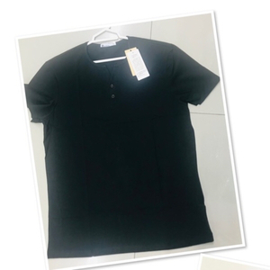 Used Plain Cotton Black Tee-shirt XL/3X♥️ in Dubai, UAE