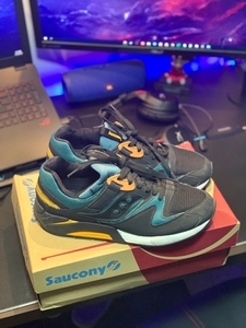 Used Saucony size 9  in Dubai, UAE