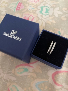 Used Swarovski ring in Dubai, UAE