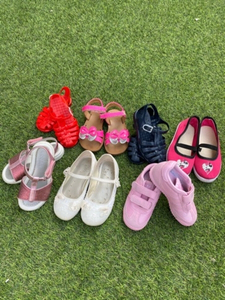 Used Kids shoes bundle s22-25 in Dubai, UAE