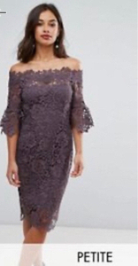 Used Lace dress  in Dubai, UAE