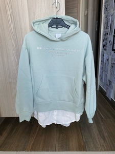 Used New Zara jumper for girl in Dubai, UAE