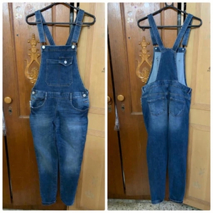 Used Avarol denim jeans in Dubai, UAE