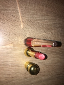 Used Lipstick  in Dubai, UAE