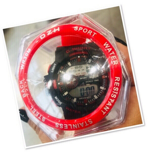 Used DZH water resistant sports watch ♥️ in Dubai, UAE
