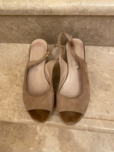Used Suede sandals from Italy. Size 39 in Dubai, UAE