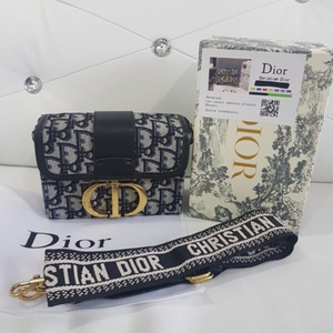 Used Dior Mini Bag NEW!! in Dubai, UAE